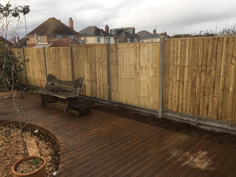 Image 150 - Closeboard fencing on concrete posts and concrete gravel boards