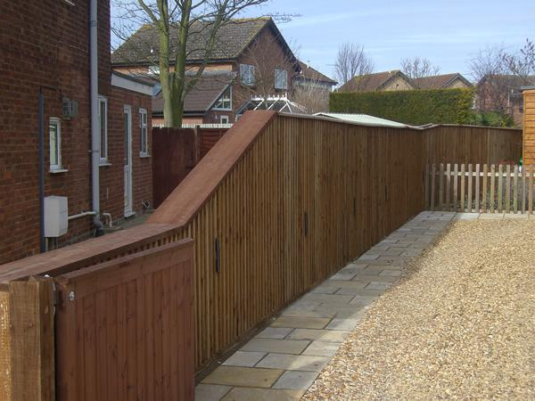 Image 47 - New driveway fence and gate Willingham