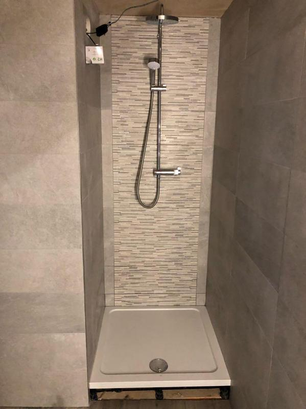 Image 12 - New power shower and tiles.