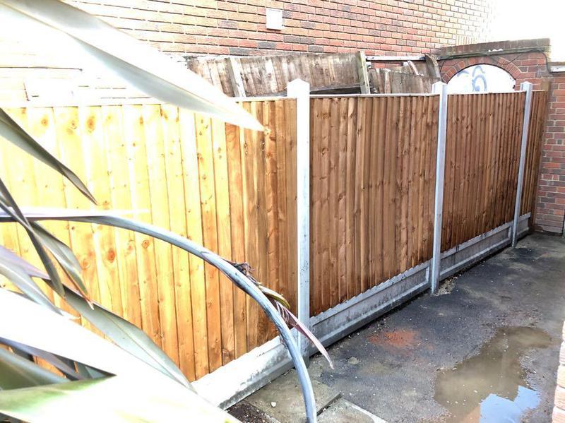 Image 36 - Fencing