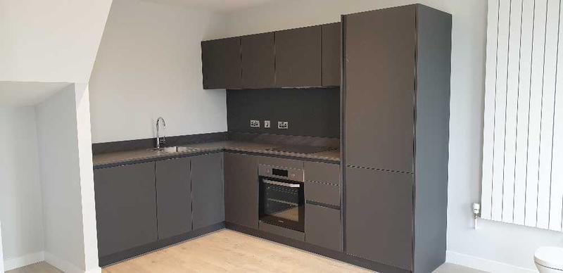 Image 18 - Be-spoke Kitchen