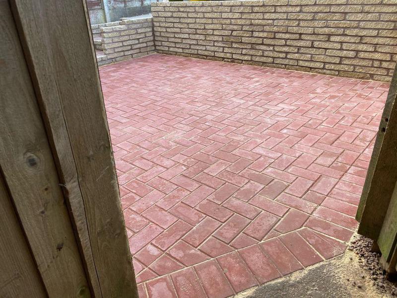 Image 104 - Block Paving Patio & Walls