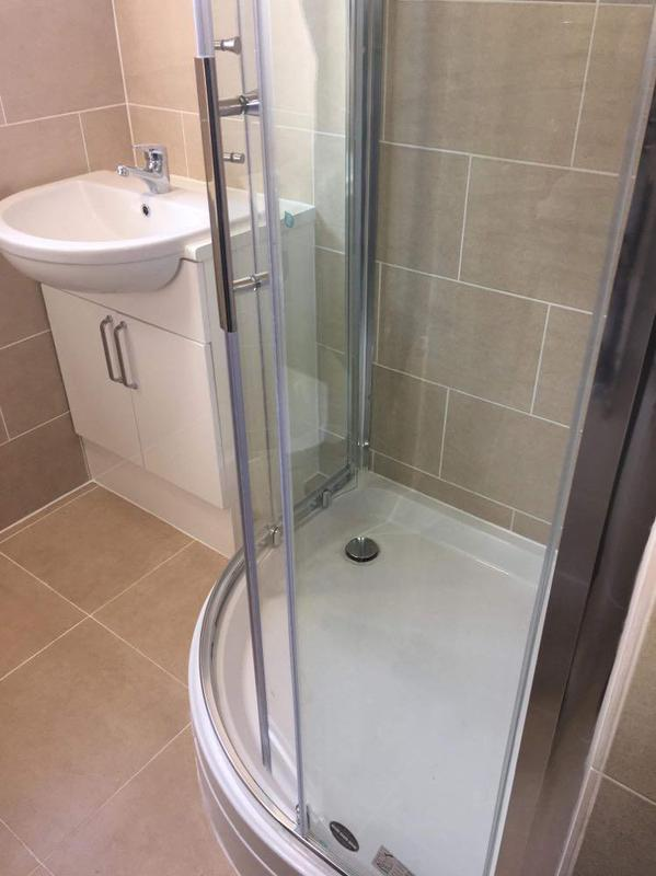 Image 36 - Newly fitted fitted shower room