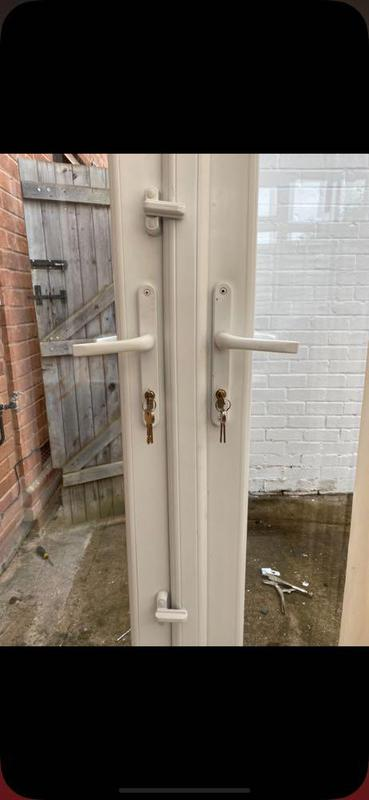 Image 8 - Anti snap locks fitted to rear doors along with sash jammers to strengthen the door