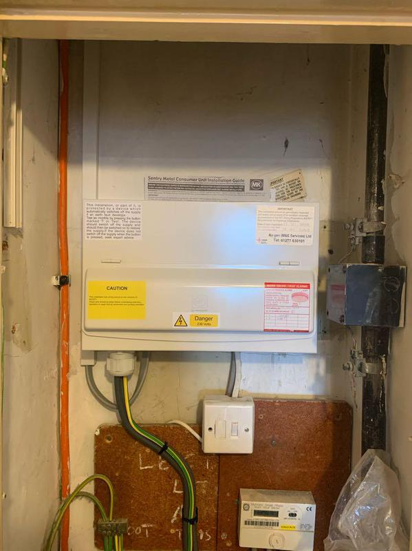 Image 27 - New Consumer Unit fitted to 18th edition standard.
