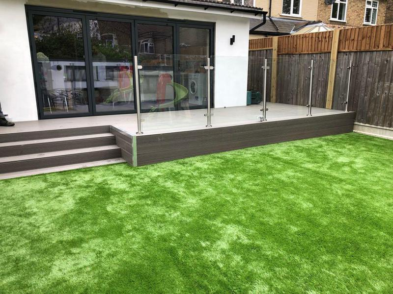 Image 41 - Composite decking, with strengthened glass balastrade. Artificial grass.