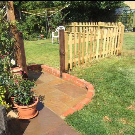 Image 30 - Picket fencing and a patio extension