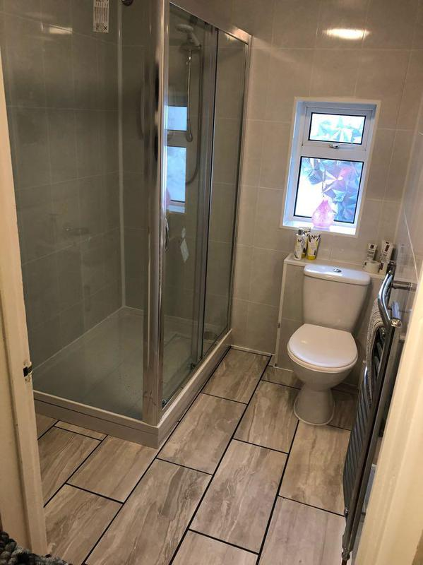 Image 17 - New bathroom and floor plus tiles.
