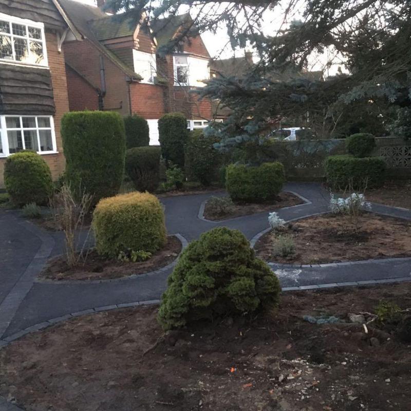 Image 113 - Tarmac Garden Paths