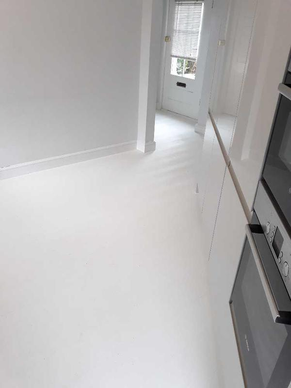 Image 34 - white laminate - Quickstep