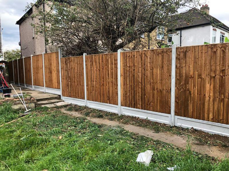 Image 31 - Feather edge panel fencing.