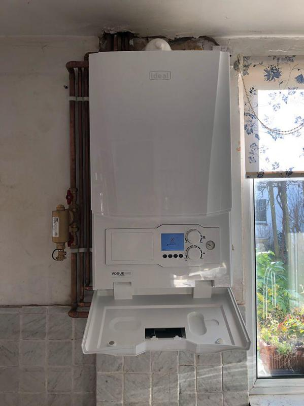 Image 20 - New boiler upgrade this also comes with 10 years guarantee.