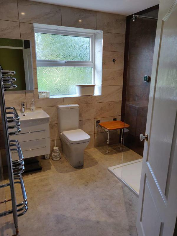 Image 8 - high end Bathroom with high toilet and easy access shower and seat