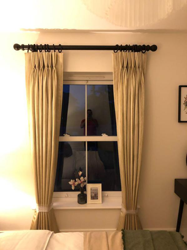 Image 31 - Fitting blinds handmade curtains