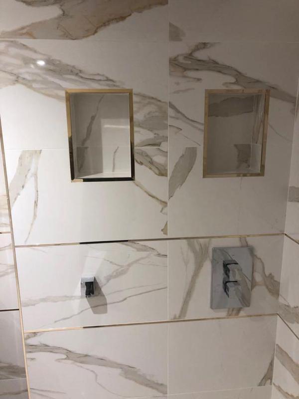 Image 14 - Stunning elegant bathroom