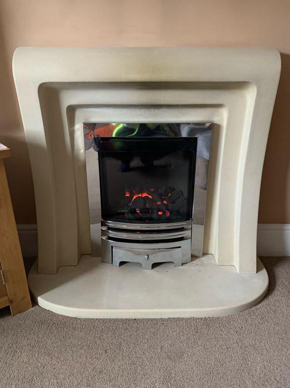 Image 73 - Balanced flue gas fire installation