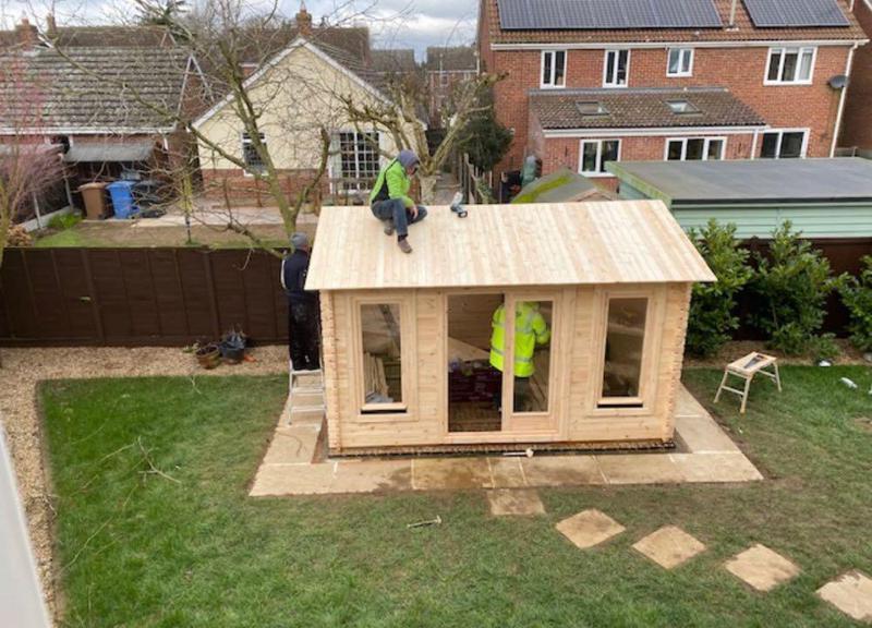Image 38 - Finishing touches to summer house