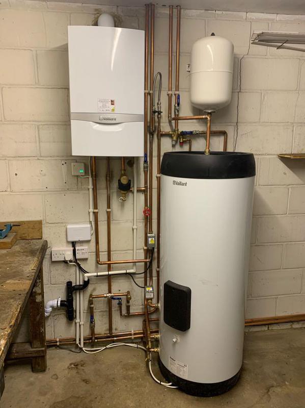 Image 15 - 10yr warranty Vaillant and Vaillant hot water tank installation