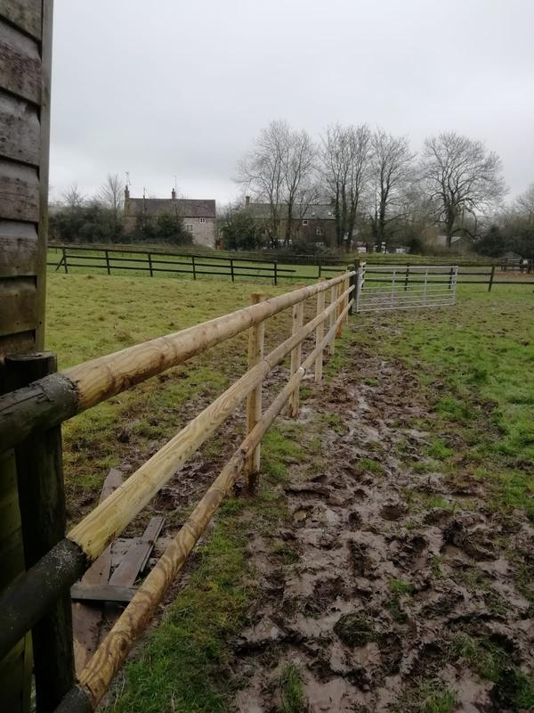 Image 154 - Post and rail fencing for horse enclosure