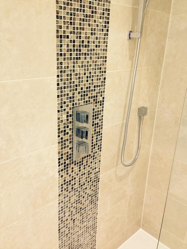 Image 155 - westcliff bathroom