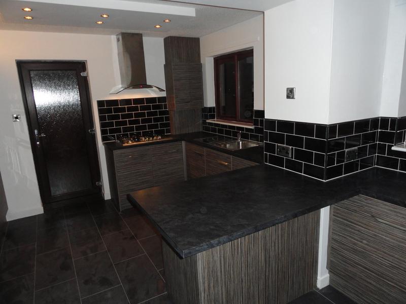 Image 49 - Gallacher kitchen after