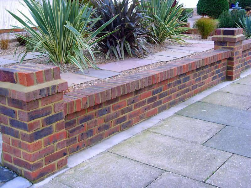 Image 151 - Brick wall /pillar construction