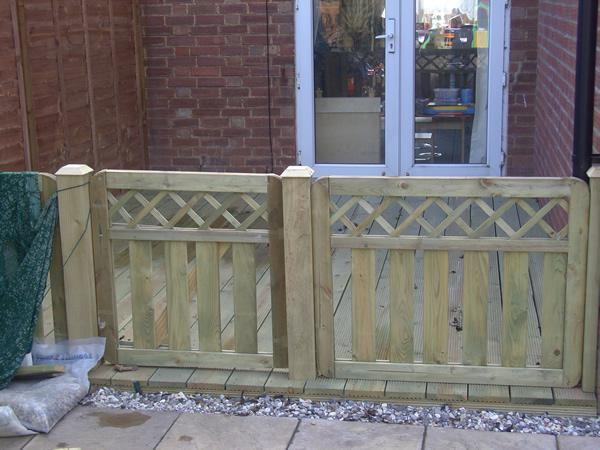 Image 42 - Decking and Gate Willingham