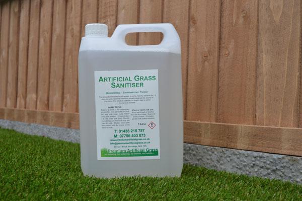 Image 7 - Artificial Grass Sanitiser