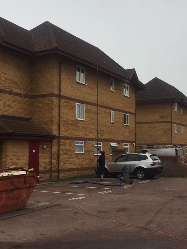Image 15 - gutter cleaning flats Dartford