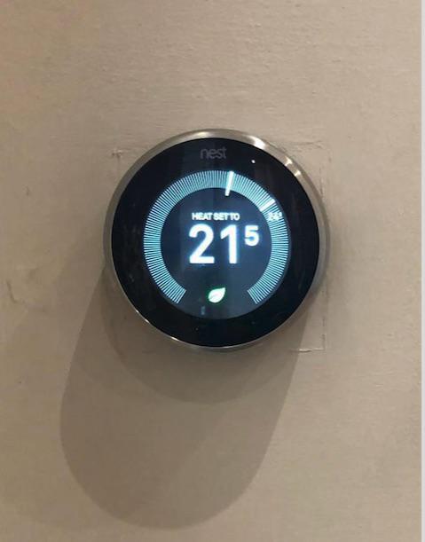 Image 4 - Thermostat smart controls. Choose the colour to suit your decor.