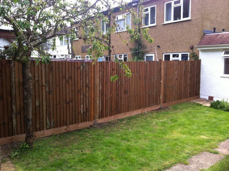 Image 109 - Feather board fence install