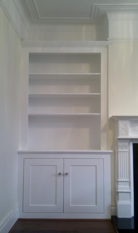 Image 22 - Fitted alcove dresser style unit.