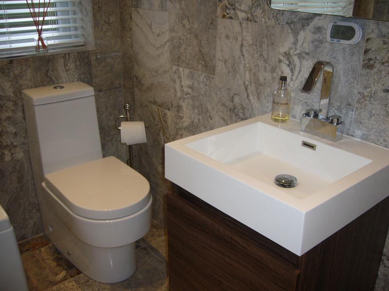 Image 3 - Bathroom (Westcliff-on-Sea)