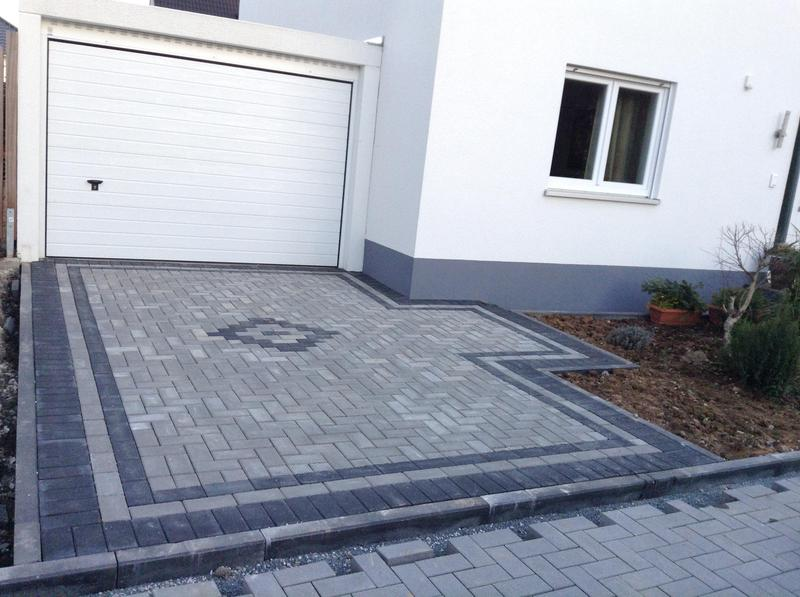 Image 52 - Marshalls driveline Paving natural with charcoal border