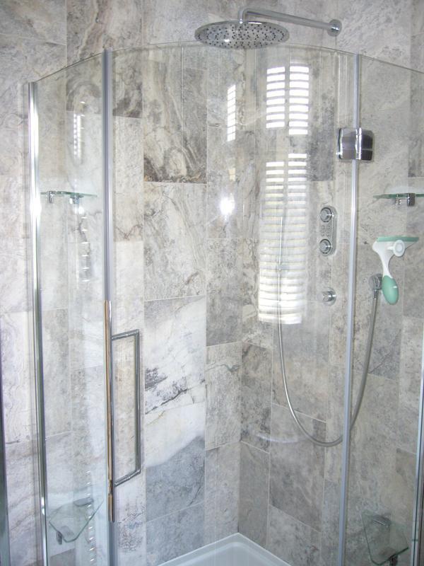 Image 5 - Bathroom  (Westcliff-on-Sea)