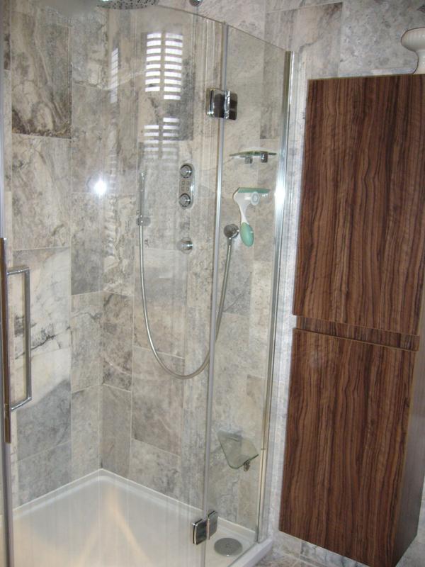 Image 6 - Bathroom  (Westcliff-on-Sea)