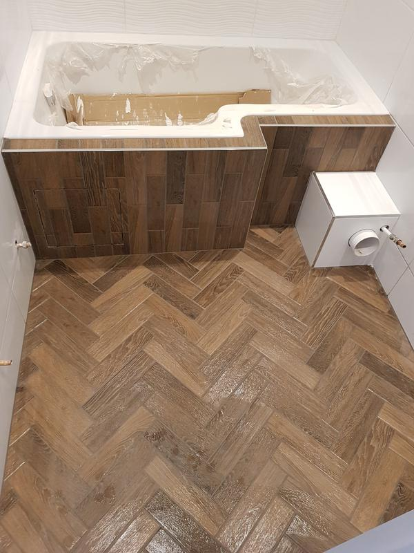 Image 11 - Floor and bath panel