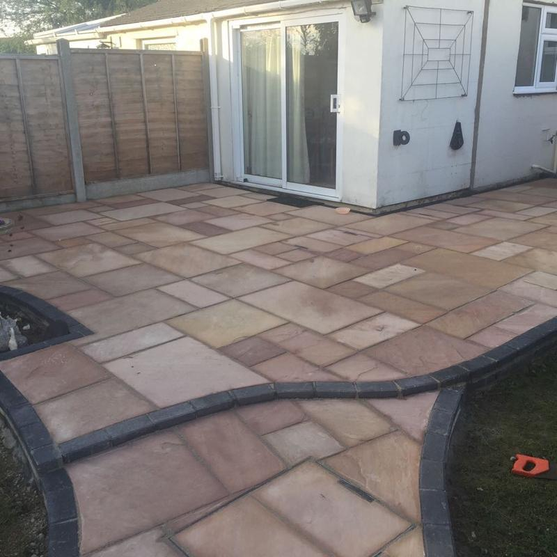 Image 7 - Indian sandstone edged in charcoal block paver