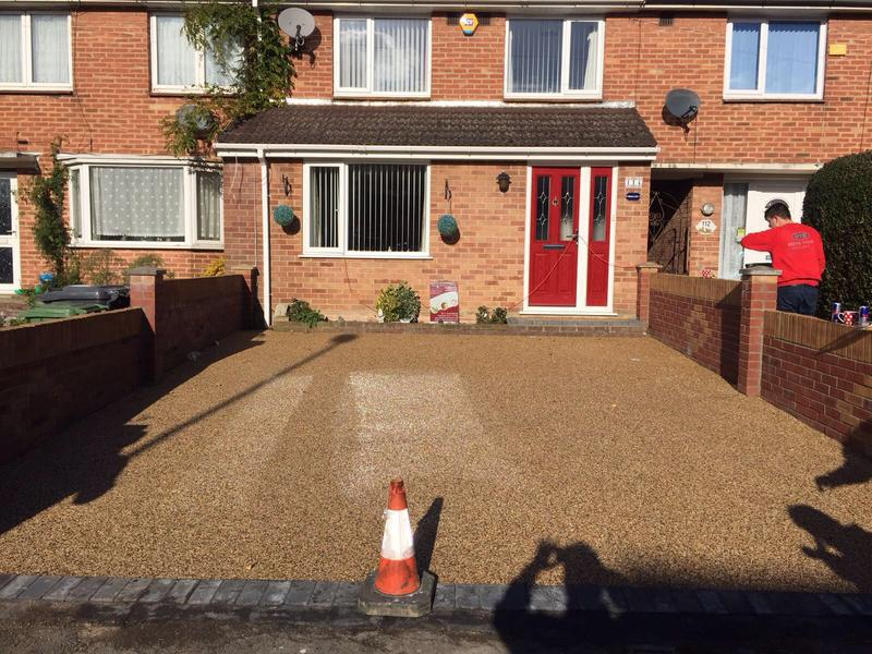 Image 36 - New resin bond driveway