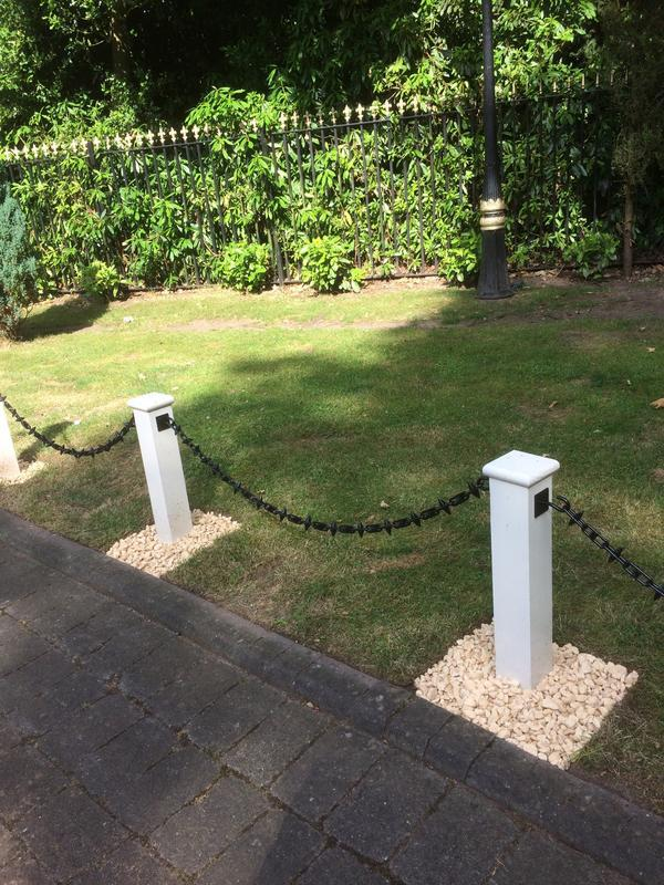 Image 16 - Bespoke wooden posts, finished in white and fitted with black chain