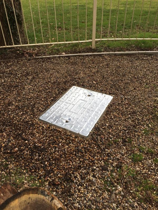 Image 12 - New 25 tonne manhole cover and frame fitted