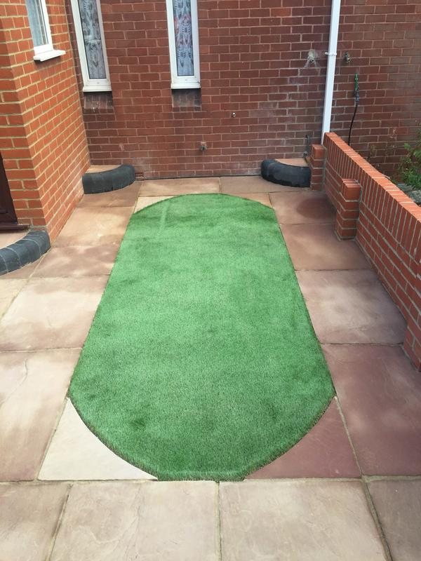 Image 6 - Artificial lawn insert