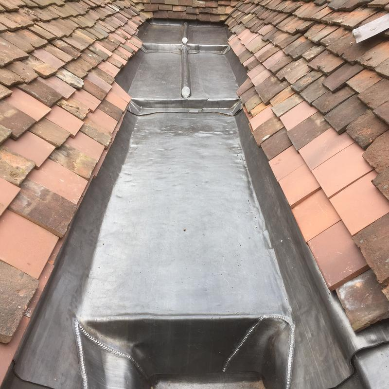 Image 13 - Lead box gutter - brickendon herts