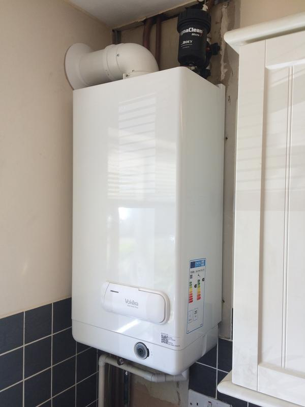 Image 16 - Vokera 25kw 7 year warranty carried out for landlord with magna-clean fitted to heating system