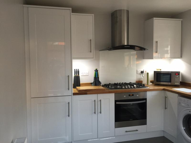 Image 1 - full kitchen re-fit in benfleet finished off with solid oak worktops - pic 1