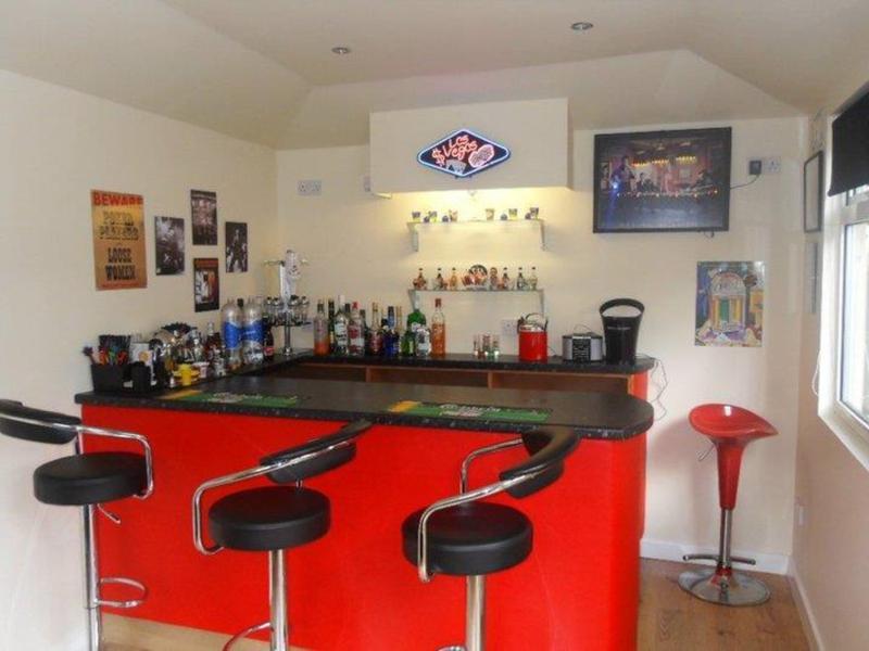 Image 25 - Finished Bar