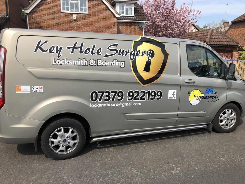 Keyhole Surgery Locksmith logo
