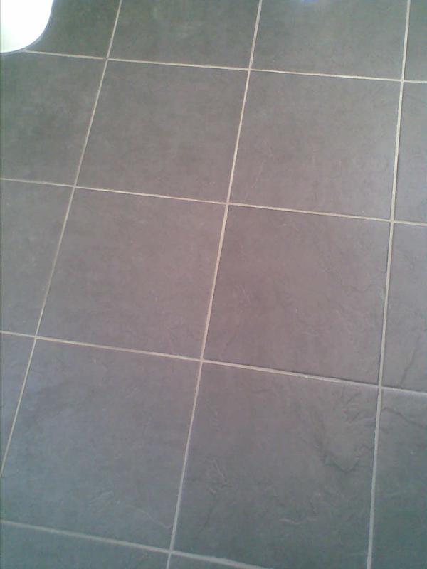 Image 3 - floor tiling