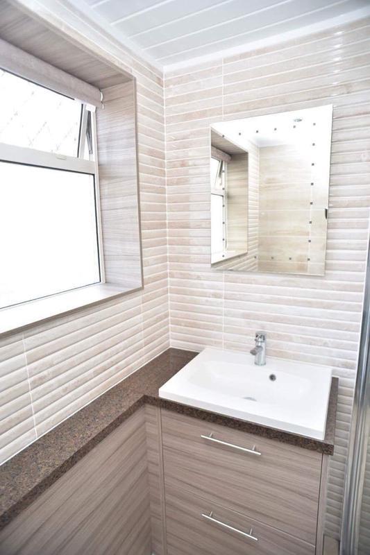 Image 17 - Bathroom installation Paisley