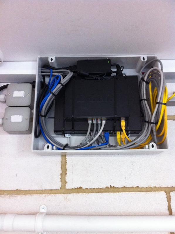 Image 19 - POE network switch installed for digital cctv network